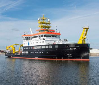 BSH übernimmt neues Vermessungs-, Wracksuch- und Forschungsschiff ATAIR