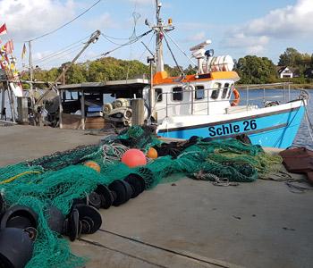 Broschüre zum sicheren Arbeiten in der Fischerei
