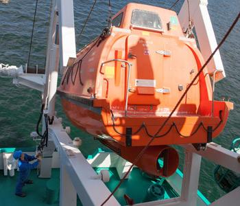 Freifall-Rettungsboot braren_tamayo